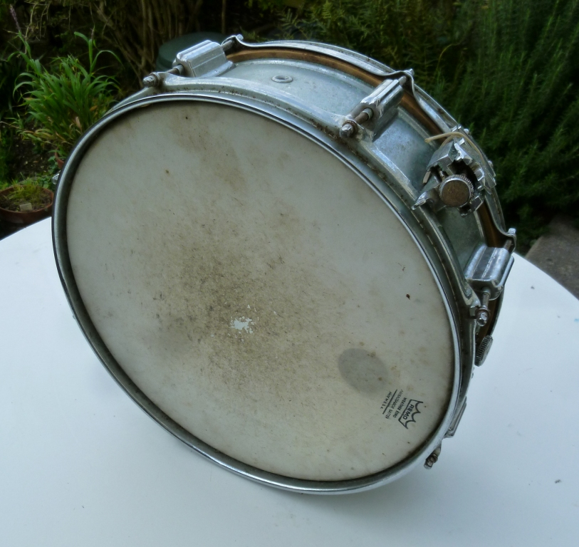 essay history of drums Of a stretched membrane these include any type of drum hit with a stick both of these instruments are tunable in many different ways and forms.